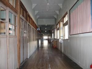画像:板廊下