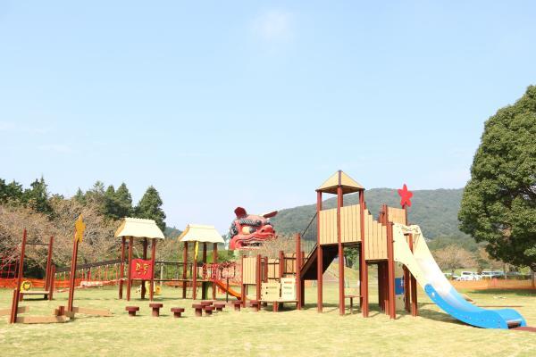 『風土記の丘大型遊具1』の画像