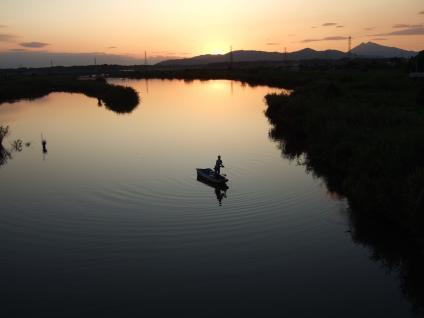恋瀬川の暮色